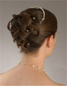 Bridal Hairstyle – Updo with Pearl Pins