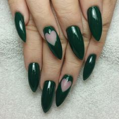 Joyceepic  - great take on dark green Valentine mani nail art