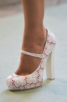 I would feel so dainty and mod in these shoes