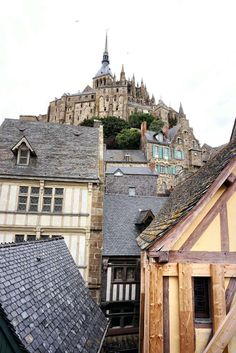 Practical Advice, Tricks and Tips for Visiting Mont Saint Michel, Normandy, France Europe Travel Guide, France Travel, Budget Travel, Region Normandie, Le Mont St Michel, Normandy France, Visit France, Travel Aesthetic, European Travel