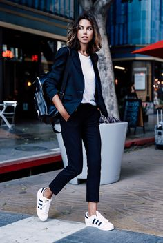 fall / winter - street style - street chic style - fall outfits - casual outfits - black tuxedo blazer + black ankle pants + white t-shirt + black and white sneakers + black backpack - comfy outfits