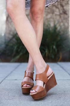 Wearing: Aldo sandals