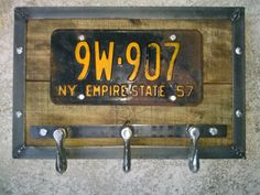 Industrial Rustic Coat Rack Chain Hooks With Vintage NY 1957 License Plate & Reclaimed Pallet