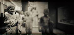 «Τετραμελής οικογένεια» της Ελένης Λαδιά Statue, Art, Kunst, Sculpture, Art Education, Artworks