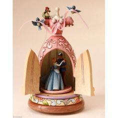 Cinderella dress musical figure (Jim Shore) from our Jim Shore Disney Traditions collection Disney Music Box, Art Disney, Disney Rooms, Disney Love, Disney Magic, Disney Pixar, Disney Collectibles, Cinderella Dress Disney, Disney Princess
