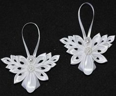 Beautiful Pair of Handmade Little Angels CHRISTMAS Tree Decorations/Ornaments In White Colour Handmade using Kanzashi method. Made with Satin Ribbon, with pearl embellishments. They are about x x 1 Can be made in different colours. Ribbon Art, Ribbon Crafts, Flower Crafts, Ribbon Decorations, Christmas Tree Decorations, Christmas Angels, Christmas Crafts, Christmas Ornaments, Ribbon Projects
