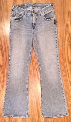 SILVER Low Rise Womens Boot Cut Jeans 30 x 31 #SilverJeans #Flare #Silver #LowRise #WomensJeans #BootCut #BootCutJeans #30x31 #ForSale #Shopping #eBay #BuyItNow #Deal #Bargain #Discount #Clearance #MustHave #GirlyJeans