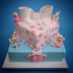 Parcel Cake with Fairies and Parrots