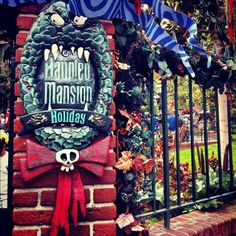 25 Beautiful Holiday Wreaths Hung with Care at Disneyland Resort