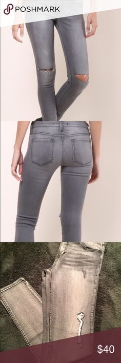 Flying Monkey Skinny Stretch Jean Slim Fit Grey with a hint of white-washed. Stretchy and Comfortable! Length is a 33 Flying Monkey  Jeans Skinny