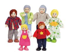The Hape Caucasian Doll Family Set of 6 is a wonderful happy family doll set for kids to play with their dolls houses. Made of quality wood, fabric and cotton, with movable arms and legs, this set is sure to be a wonderful gift for children Dollhouse Family, Wooden Dollhouse, Wooden Dolls, Dollhouse Dolls, Dolls Dolls, Baby Dolls, Family Set, Happy Family, Family Life