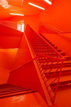 Orange Cultural Center in Mulhouse / Paul Le Quernec Rainbow Aesthetic, Orange Aesthetic, Aesthetic Colors, Aesthetic Pictures, Bleu Cyan, Jaune Orange, Orange Zest, Orange Walls, Red Walls