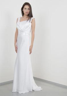 Php, Formal Dresses, Wedding Dresses, Dress Ideas, One Shoulder Wedding Dress, White Dress, Fashion, Europe, Chic