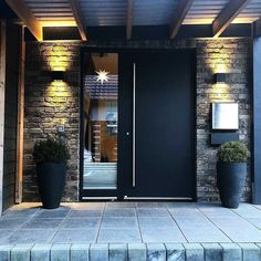 Modern Entrance Door, Home Entrance Decor, House Entrance, Modern Front Door, Entrance Ideas, Door Ideas, Main Entrance, Garden Stairs, Balcony Garden