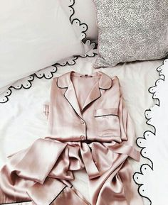 Look chic and cozy at the same time and never let sleep get in the way of style. Satin Blend Pyjamas with contrast flat-piping Easy care, 30 degree wash and low tumble dry Relaxed tailored fit We recommend you wash your pyjamas before use. Lingerie Satin, Purple Lingerie, Sexy Lingerie, White Lingerie, Pretty Lingerie, Pastel Outfit, Satin Pajamas, Pyjamas, Girl Clothing