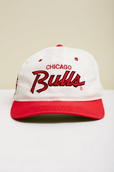 1990s NBA Chicago Bulls Snapback Baseball Hat in White, Red, and Black