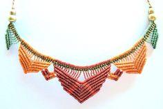 Multi farbige rustikale Macrame Lotus Kette Boho von Mediterrasian