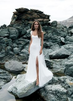 wedding dress, bridal, gowns, bridal Parisienne Chic, Dress Stand, Sophisticated Bride, Fall Skirts, Bride Look, Rime Arodaky, Down Hairstyles, Bridal Collection, I Dress