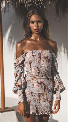 #minidress #bodycondresses #floral #spring #summer #longsleevedress #florals #prints Tie Front Dress, Tie Dress, Wrap Dress, Blue Dresses, Short Dresses, Knot Dress, Silver Dress, Asymmetrical Dress, Embroidered Lace