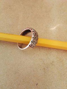 "Sølv ring med ""filigran"" 200 kr."
