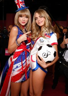 Taylor Swift and Cara Delevingne
