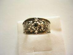 Wundervoller+sehr+seltener+verzierter+alter+Ring+Tracht+Jagd+Silber+Granat+Quarz