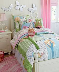 I love the owl bedding and nature theme for little girls. Will match great with things we already have.
