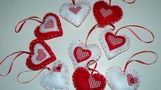 Lluvia de corazones en San Valentin