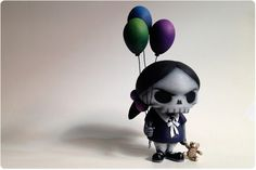 """Haunted by Innocence"" | Custom Huck Gee skullhead | Artist: Task One"