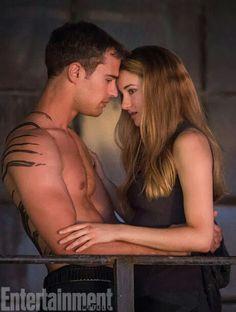 Shailene Woodley & Theo James (Tris & Four - Divergent) Tris E Tobias, Divergent Four, Divergent Fandom, Divergent Trilogy, Divergent Insurgent Allegiant, Divergent Facts, Divergent Dauntless, Insurgent Quotes, Divergent Quotes