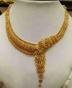 Girls Jewelry, Bridal Jewelry, Beaded Jewelry, Jewelry Necklaces, Gold Choker, Gold Plated Necklace, Gold Necklace, Jewellery Design Images, Jewelry Design