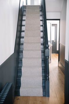 The House Diaries: The Final Images! Edwardian Hallway, Edwardian House, Victorian Homes, Edwardian Staircase, 1930s Hallway, Victorian House Interiors, Victorian Terrace, Up House, House Stairs