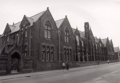 Simms Cross School Widnes Black White Photos, Black And White, Places Of Interest, Old Photos, Liverpool, History, School, Pictures, Travel