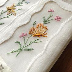 Butterflies! Vintage cocktail napkins, Madeira hand embroidery. #vintagehandembroidery #madeiraembroidery #vintagecocktailnapkins #vintagenapkins #tablelinens #finetablelinens #cocktailparty #cocktailhour