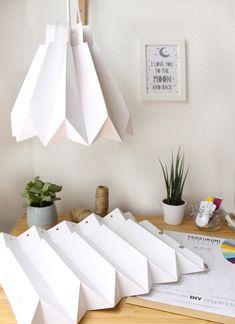 Origami Lampshade, Paper Lampshade, Lampshades, Diy Suspension, Origami Techniques, Paper Folding, Diy Paper, Kids Room, Interior Decorating