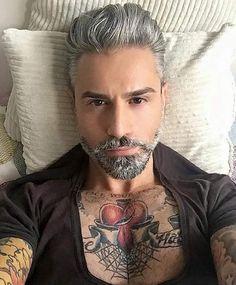 "12 Me gusta, 1 comentarios - Nathen Martinez (@hair_fashion_and_hot_boys) en Instagram: ""#silverhair #greyhair #hair #hairstyle #fashion #blonde #makeup #olaplex #hairdresser #selfie…"""