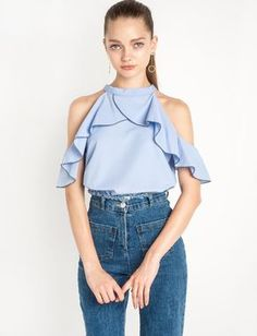 Cheap t-shirt custom, Buy Quality t-shirt original directly from China t-shirt lacoste Suppliers: HDY Haoduoyi 2017 Autumn Fashion Women T-shirt Solid Blue Ruffles Patchwork T-shirt Cold Shoulder Halter Casual Loose T-shirt Frill Shorts, Trendy Tops For Women, Off Shoulder Tops, Cold Shoulder, Shoulder Sleeve, Ladies Dress Design, Fashion Outfits, Womens Fashion, Fashion Pants