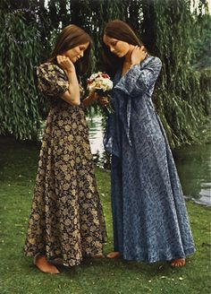 The Granny Dress- a long loose-fitting dress usually with high neck and goes down to the ankles or floor. A popular trend during this era.