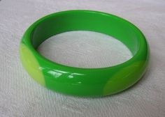 Great Cheerful Lime Green with Accents Vintage by Vanityfare, $10.00