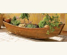 Thinking about building my own boat planter. A project that is way in the future.