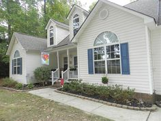 Impressive home with large foyer family room with cathedral ceilings bright open kitchen and breakfast room. Formal dining would be a great formal dining with cathedral ceiling or could be office or formal living. Stunning master suite with access to deck and backyard. Glamour bath with garden tub a separate shower. 2nd floor boasts a spacious bonus room and tons of walk in storage Fenced backyard with privacy. Nestled on a quite culdesac in a fantastic Willow Springs location. WARRANTY