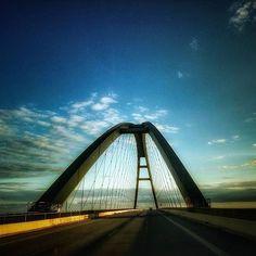 Moin Zusammen ... wohin führt uns diese Brücke? der Dank für das Bild geht an@marcus_the_addict_cameratype   Tagt Eure besten Strand- und Inselfotos mit #lanautique. Wir veröffentlichen täglich unsere Favoriten. Ahoi! ------------------------ #nordsee #ostsee #küste #meer #urlaub #insel #amrum #wangerooge #juist #borkum #rügen #fehmarn #sanktpeterording #baltrum #norderney #sylt #föhr #langeoog #sonne #strand | #meer #mode #küste #nordsee #ostsee