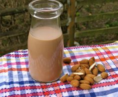 Chocolate Almond Milk recipe - Vegan