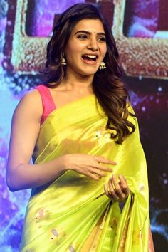 Samantha Stills At Balakrishnudu Movie Audio Launch. Samantha Ruth Prabhu in saree stills at Balakrishudu audio launch. Samantha In Saree, Samantha Ruth, South Actress, South Indian Actress, Most Beautiful Indian Actress, Beautiful Actresses, Samantha Images, Fashion Week, Women's Fashion