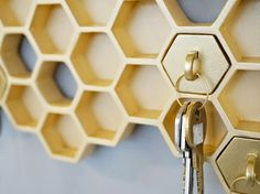 "Designer Luz Cabrera in collaboration with Malorie Pangilinan have designed ""Honey I'm Home"", a beehive-shaped key holder with matching keychains. Porte Design, Honeycomb Shape, Creation Deco, Retro Chic, Blog Design, Design Concepts, Industrial Design, Decoration, Home Accessories"