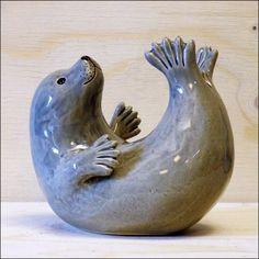 Ceramic Pinch Pots, Ceramic Clay, Ceramic Pottery, Pottery Animals, Ceramic Animals, Clay Animals, Pottery Sculpture, Sculpture Clay, Ceramic Sculptures