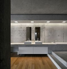 Resort Residence Floor Also White Vanity On The Bottom From White Sinks Wooden Floor in Spacious Home with Minimalist Approach