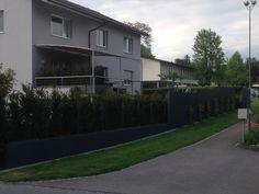 Platoflex walls in antracite for a client in Switzerland.
