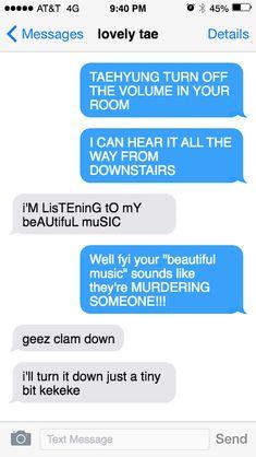 Boyfriend Stuff, Boyfriend Humor, Bts Texts, Funny Texts, Fake Text Message, Text Imagines, Funny Chat, Bts Scenarios, Bts Meme Faces