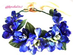 Blumenkranz *LYDIA* satt blau Oktoberfest Dirndl von Lebenslust2in1 auf DaWanda.com